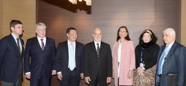 معالي السيد الوزير الدكتور الجعفري يلتفي سفراء كلٍّ من أميركا، وبريطانيا، وفرنسا، والصين، وروسيا، في جنيف